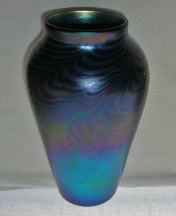 Intensely Exquisite One Of A Kind Iridescent Lundberg Art Glass Vase