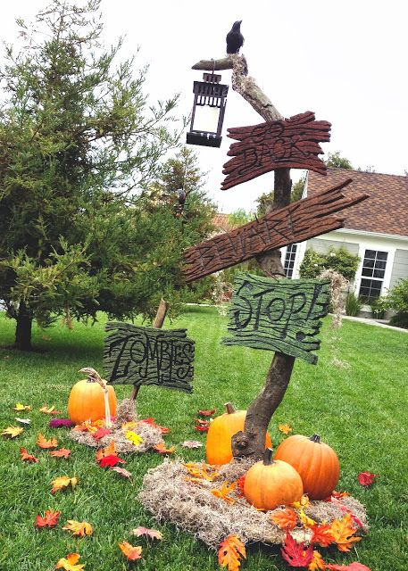 DAVE LOWE DESIGN the Blog 19 Days \u0027til Halloween - Spooky Sign Post - how to make halloween decorations for yard