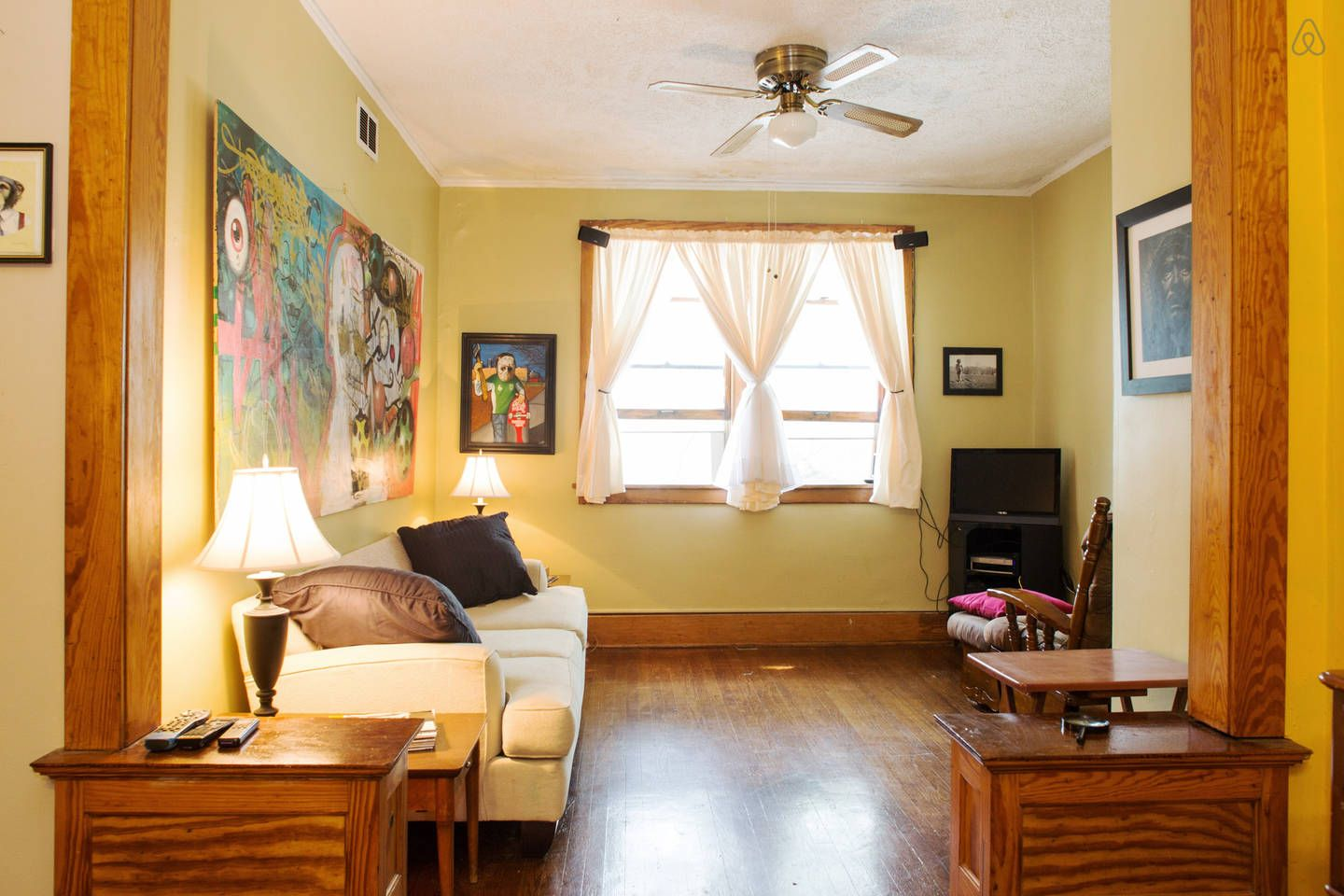 2 bedroom stand alone pet friendly in omaha pet