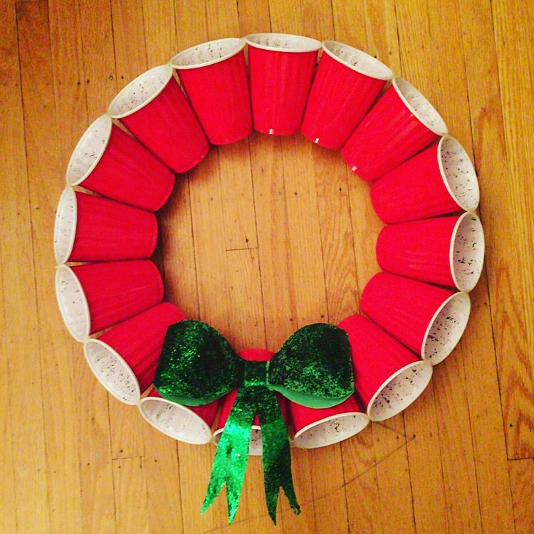 College Christmas Party Ideas Part - 49: Red Solo Cup Christmas Wreath (chrismas Party Ideas College)