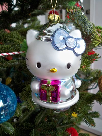 hello kitty christmas ornaments my friend debbie got me these hello kitty christmas tree ornaments - Cat Christmas Decorations