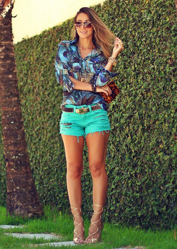 b0ff63fd93 Look Azul Turquesa - Camisa e Shorts Jeans - Blog de Moda e Look ...