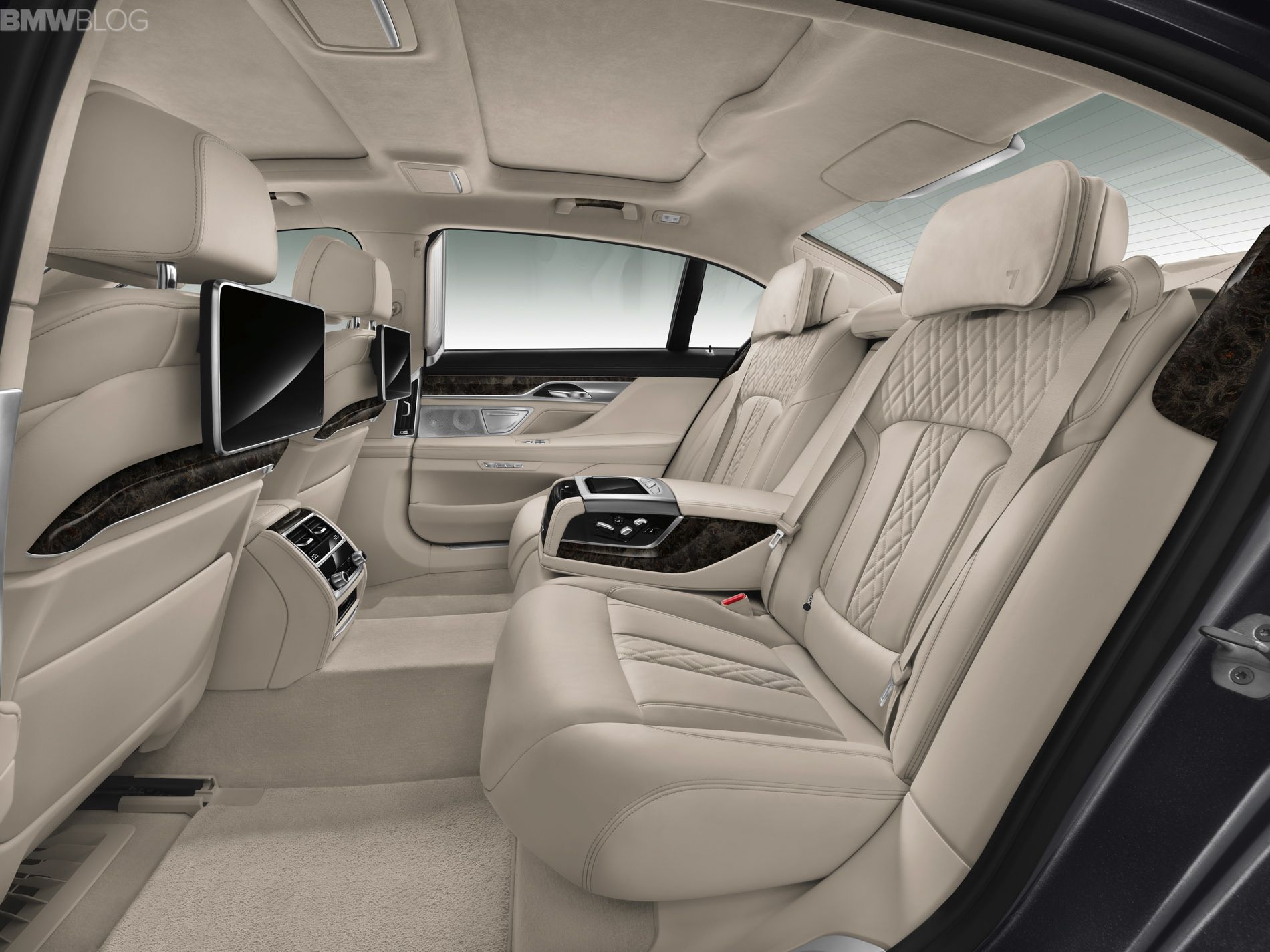 2016 Bmw 7 Series Cabin Technology And Luxury With Images Bmw