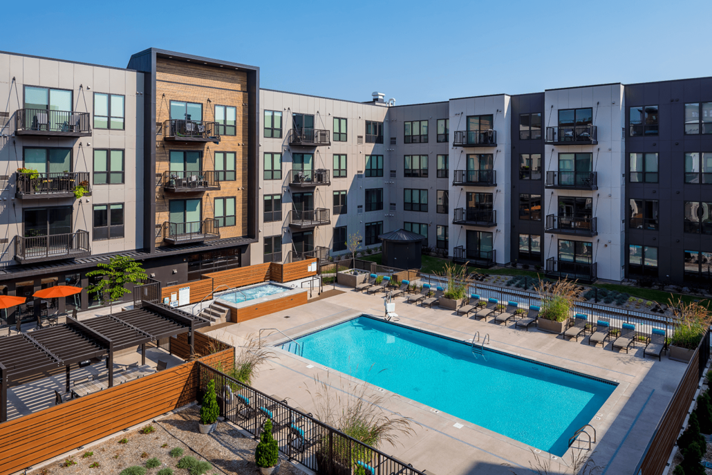 Roers Companies Commercial Housing Design Confluence On 3rd Apartment The Outdoor Swimming Pool An Outdoor Swimming Pool Pool Landscaping Commercial Design