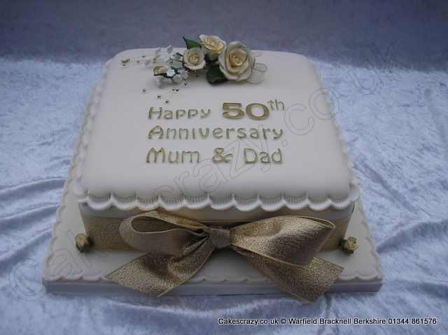 Square Golden 50th Wedding Anniversary Cake With Delicate Sugar Roses Spray Finished With A Large Golden Ribbon And Bow Makanan Dan Minuman Makanan
