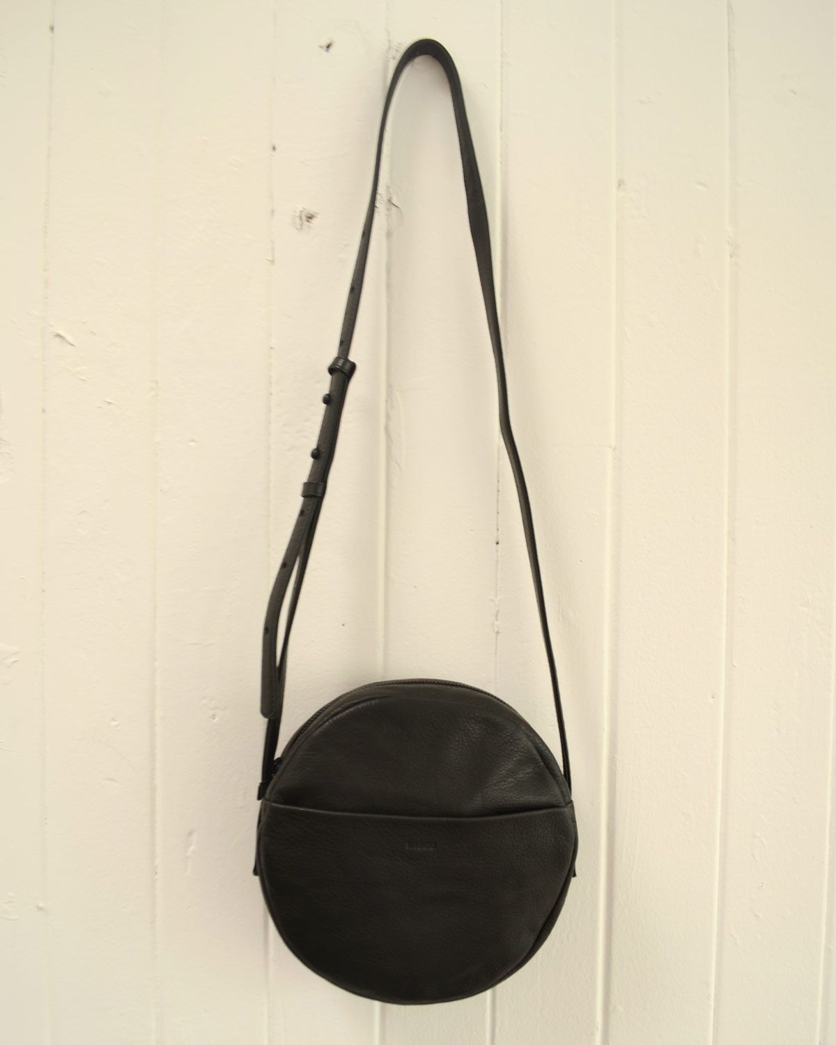 the baggu circle purse for all your essentials day to night 185 the baggu circle purse for all your essentials day to night 185 cad