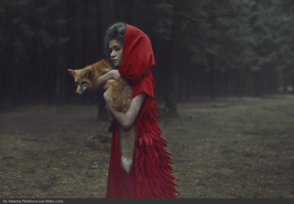 wow, świetna galeria -- rosjanka robi niesamowite portrety z prawdziwymi zwierzętami, są jak ilustracje z bajki -- http://deser.pl/deser/51,111858,15734172.html?i=29