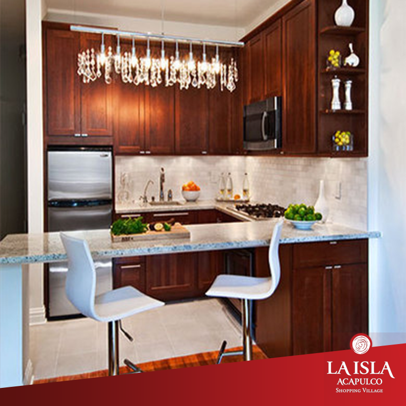 Tips para decorar una cocina pequeña: coloca un mueble alto para ...