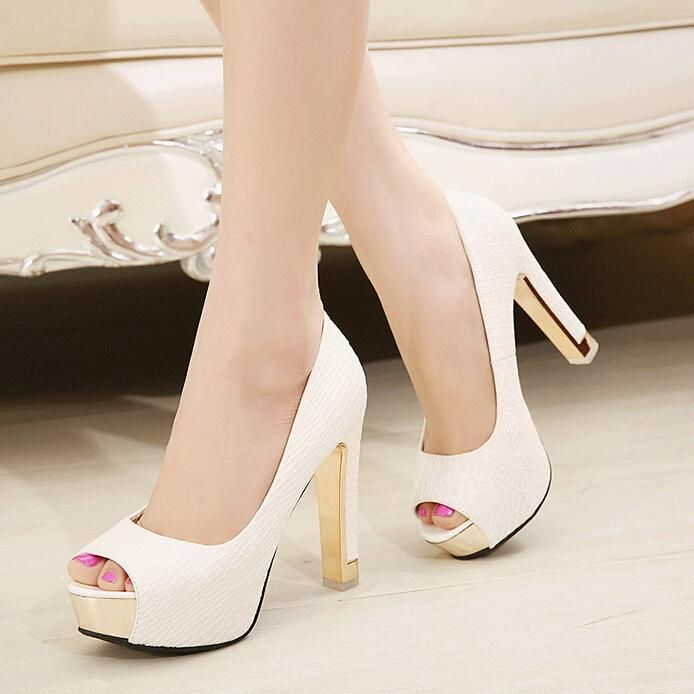 In Stock 2017 Luxury P Toe Black White Bridal Shoes High Chunky Heel Wedding For