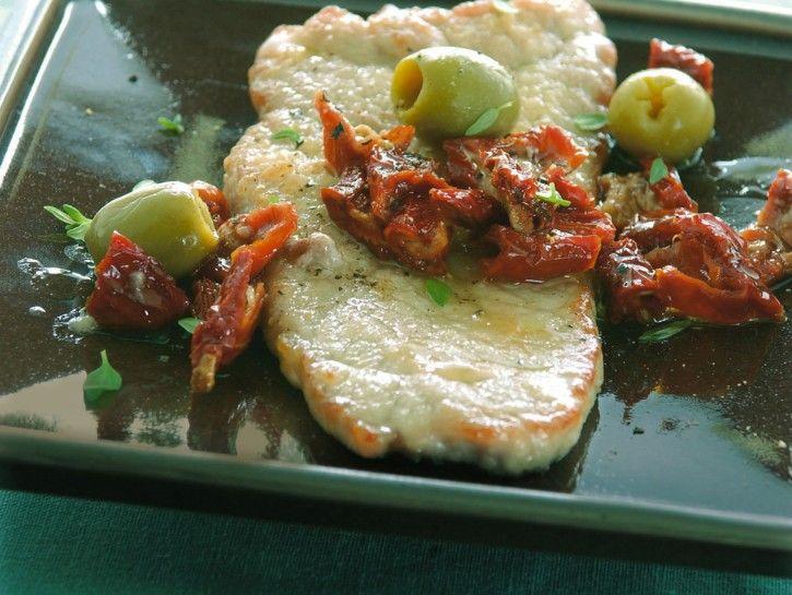 Ricetta Scaloppine con pomodori secchi e olive | Donna Moderna