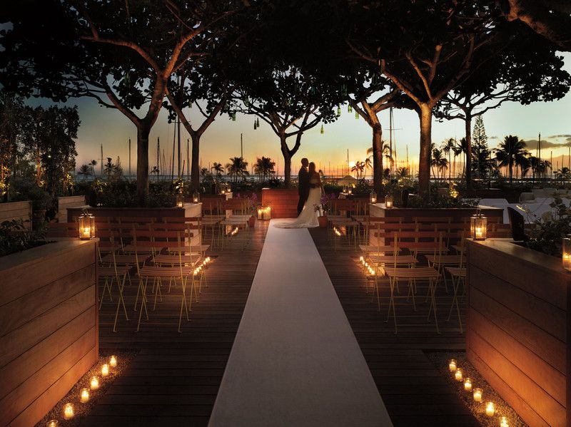 The Modern Honolulu Hawaii Venues Wedding Reception E With Candles At Sunset