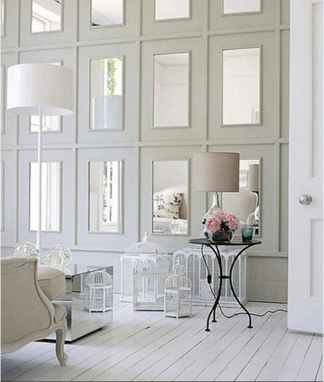 Reflections And Mirrors Strategies For A Beautiful Home Interior House Interior Home