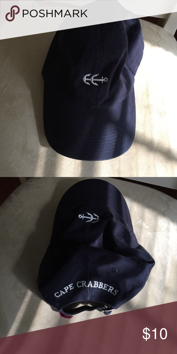 Cape Crabbers Navy Blue Anchor Hat Lightly worn Cape Crabbers ball cap. In excellent condition. Cute anchor in the front Cape Crabbers Accessories Hats