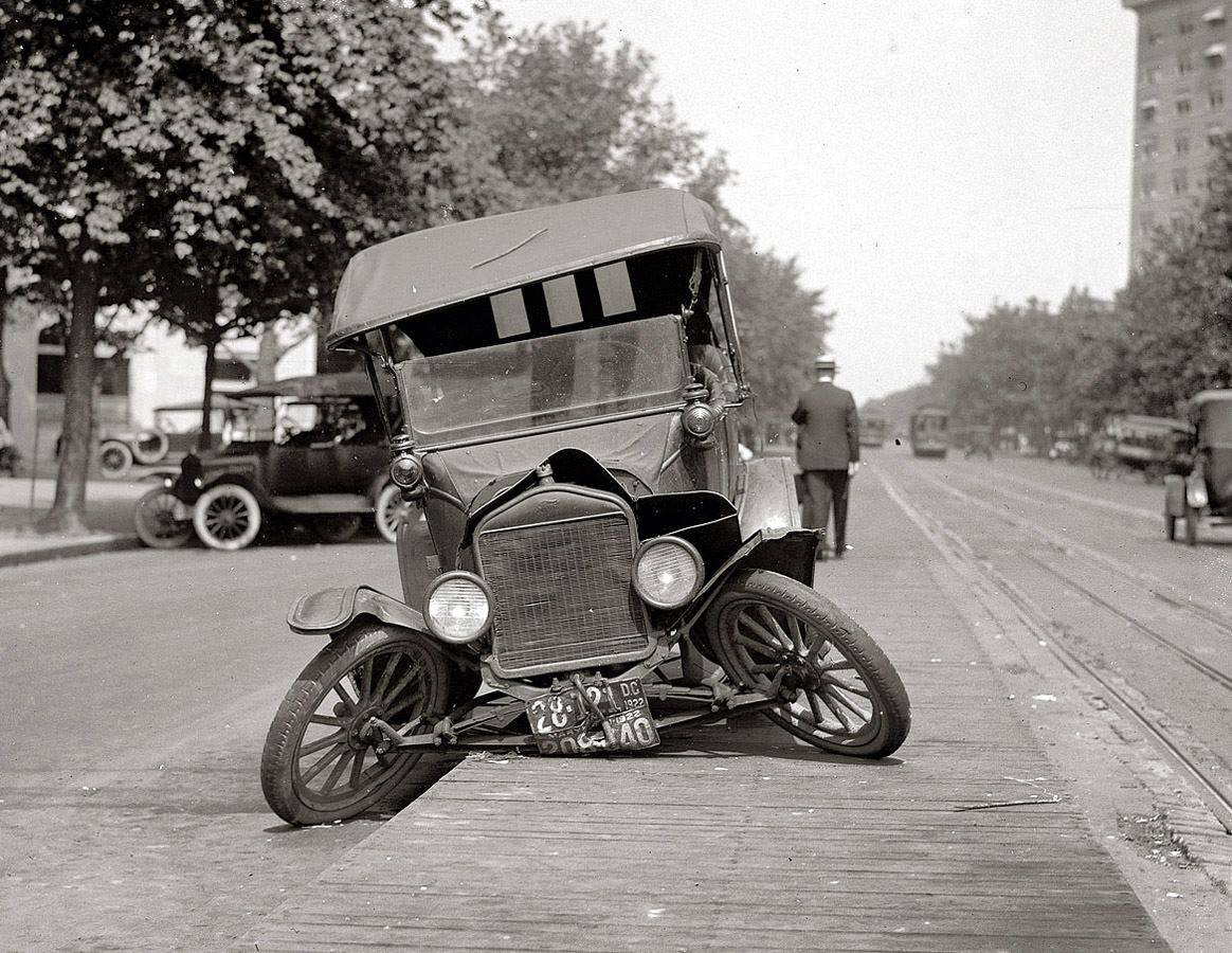 Tin lizzie ain t moving anytime soon 1920s