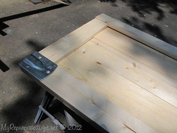 DIY sliding barn doors w/ link to hardware used