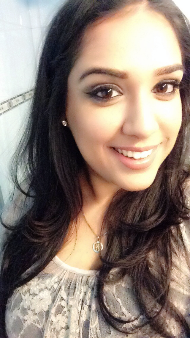 Soft Indian makeup MAC velvet teddy Winged liner Brown skin