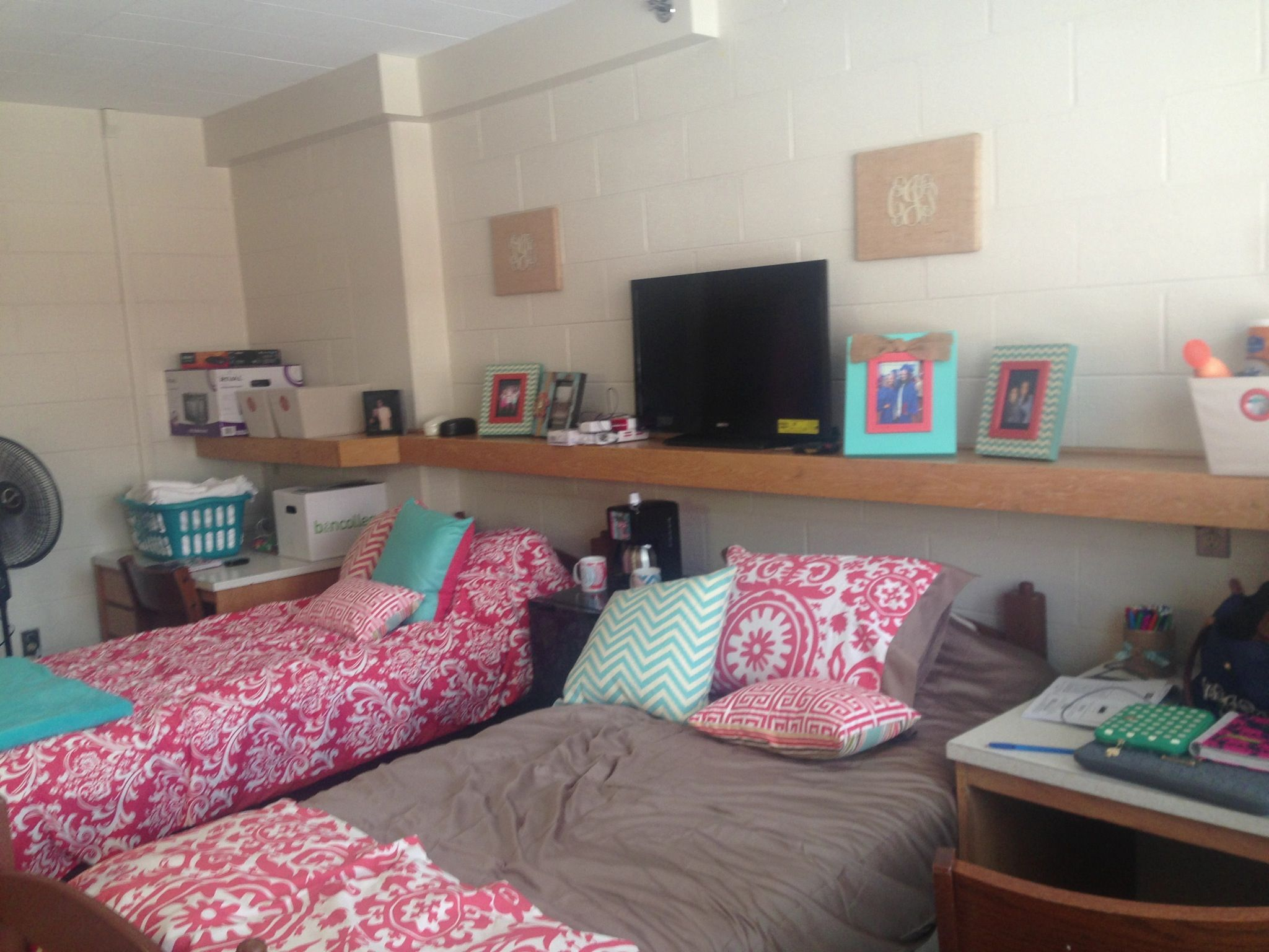 Dorm Room One Floating Shelf Across Entire Wall Shelf Has