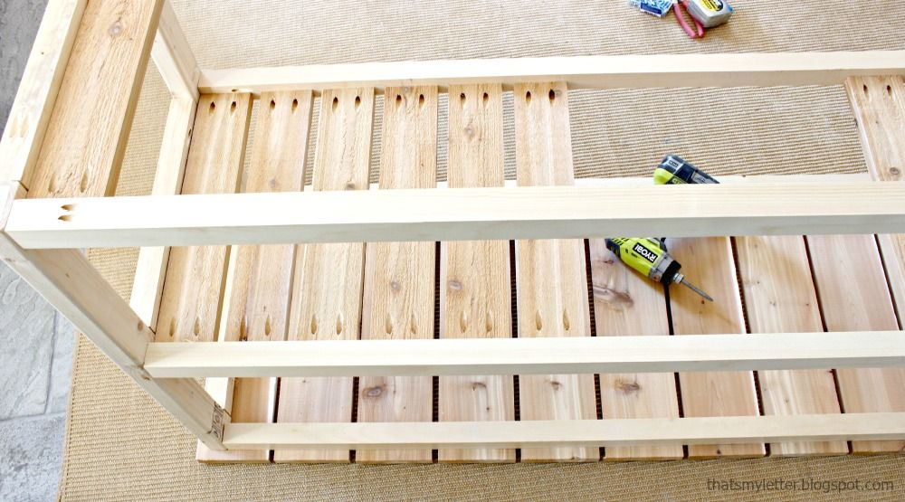 Rolling Outdoor Console : Step 4 : Add the slats