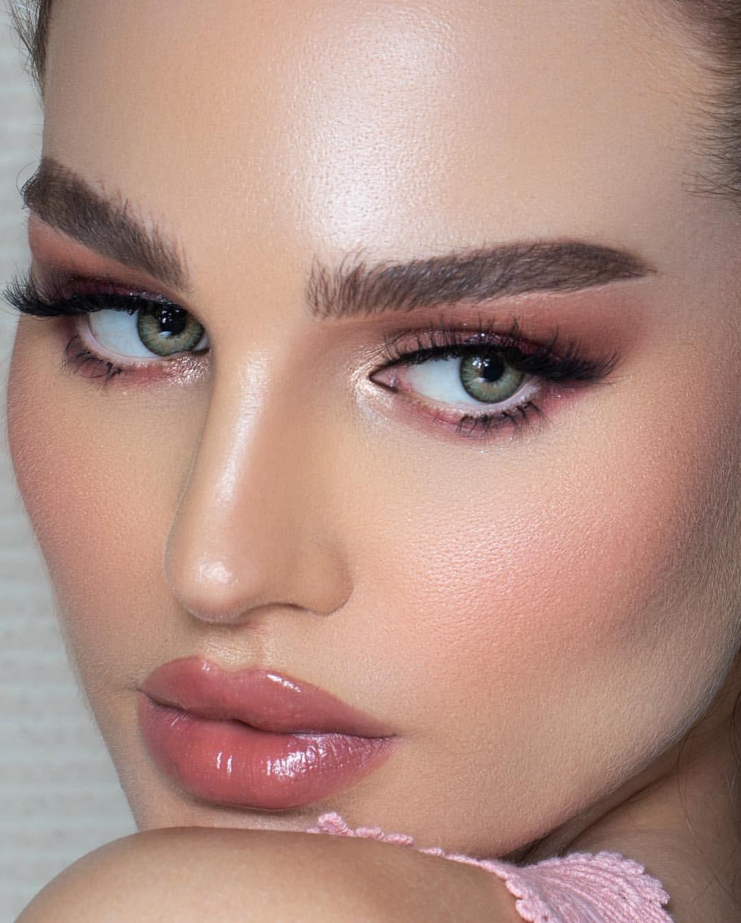 كمية انوثه In Love المنتجات الي استخدمتها هالمره اغلبها جديده علي بس كلها عليها مدح وفعلا يستاهل استعم Makeup For Green Eyes Makeup Lover Learn Makeup