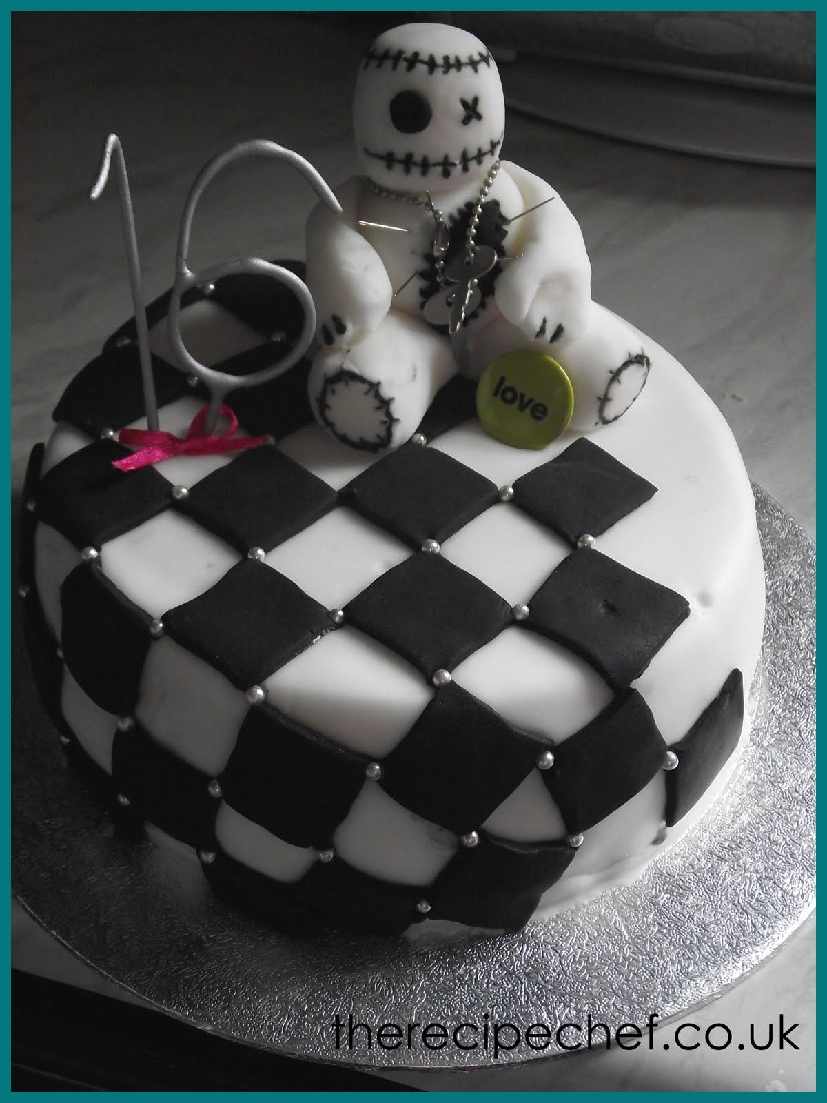 Miraculous Emo Birthday Cake Ideas Google Search With Images Chef Cake Birthday Cards Printable Nowaargucafe Filternl