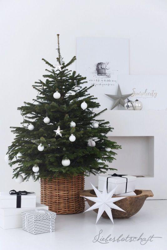Liebesbotschaft: Dezember-Weekend: Liebesbotschaft-Sweater und der schönste Weihnachtsbaum.