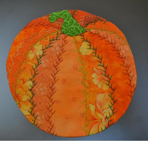 free pattern~ Pumpkin Crazy Quilt Mug Rug | Pellon® Projects ... : pumpkin quilt pattern - Adamdwight.com