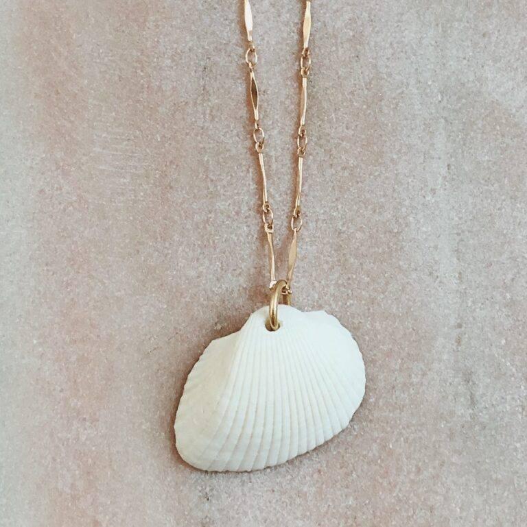Amor Mio Shell Necklace - twininas | Unique Handmade Jewellery & Accessories!