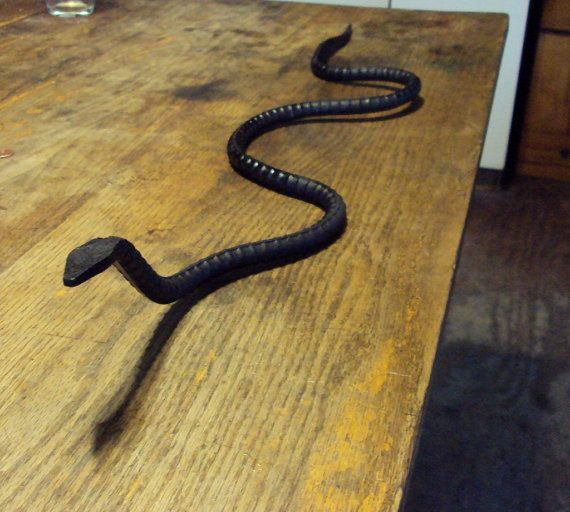 Sneaky snake hand forged garden ornament great for scaring for Gartenschmuck aus metall