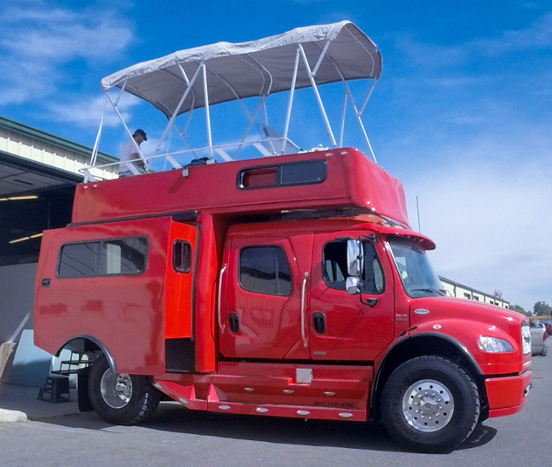 Custom luxury rv on 2012 freightliner sportchassis barely used owner is