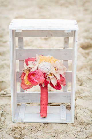 Beach Wedding Bouquet  - Im Hochzeitsfieber and Christina Eduard Photography