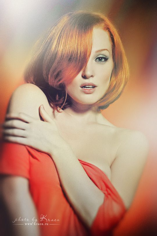 Gorgeous red head.