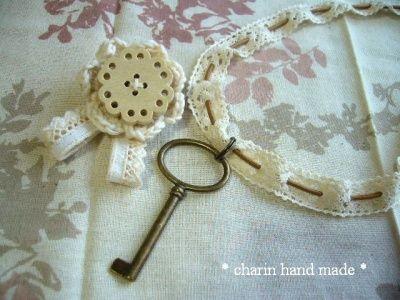 * Charin Hand made *アンティーク風キーネックレス/レース