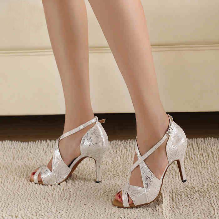 2c57aec8 Cheap Moda punto de la plata zapatos de baile latino zapatos mujeres de más  bajo precio venta al por mayor de baile de salón zapatos Salsa Tango zapatos  de ...