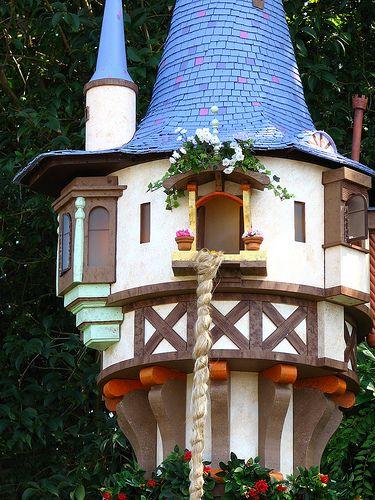 Epcot Germany Rapunzel S Tower Rapunzel Tower Disney Epcot Rapunzel