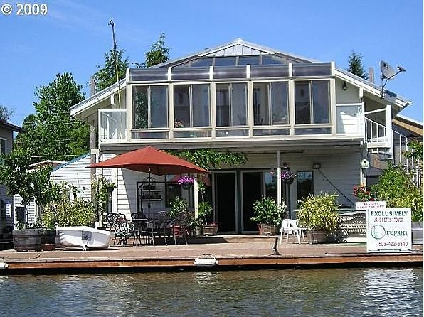 Portland oregon floating home architecture pinterest Portland floating homes