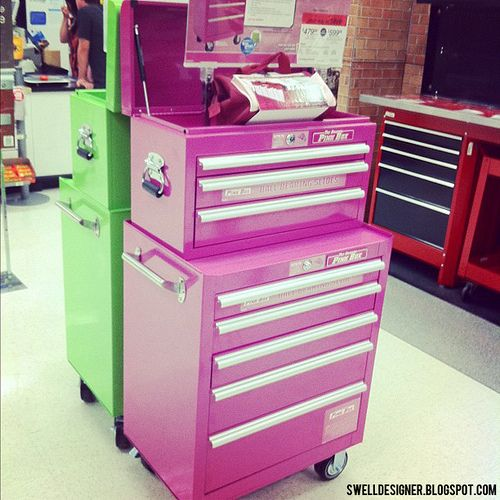 Pink Toolchest At Sears I Love This And Check Out The Lime Green