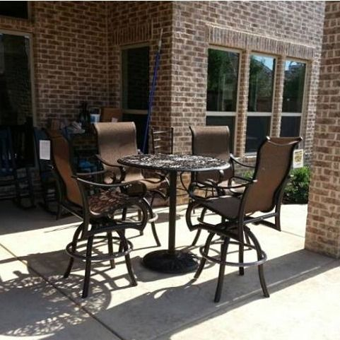 Exceptionnel Passage Sling Barstools And Table From Mallin   Patio Furniture
