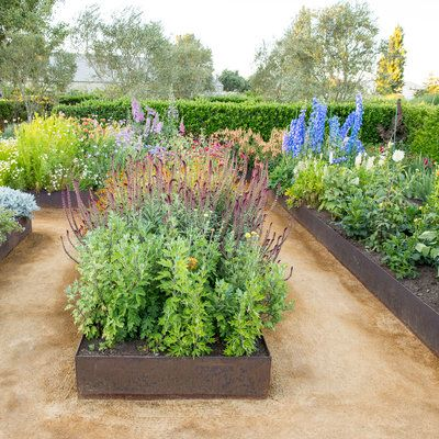 10 great flower garden design tips