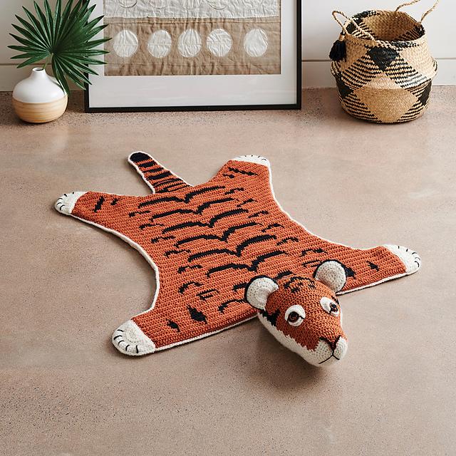 Tiger Rug Pattern By Vanessa Mooncie Rug Pattern Tiger Rug Crochet Taxidermy