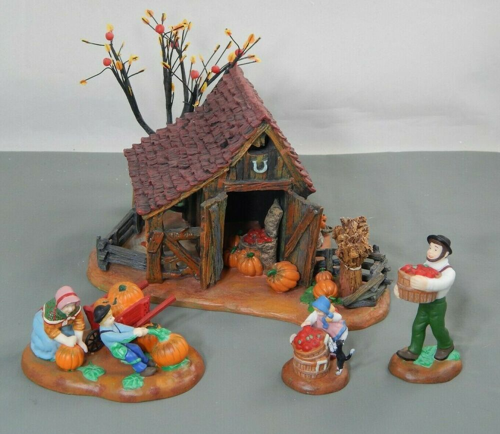 Dept 56 New England Village It's Almost Thanksgiving Set