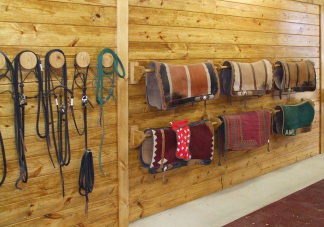 Saddle Pad Racks Ideass Caballos Caballerizas Y Rancho