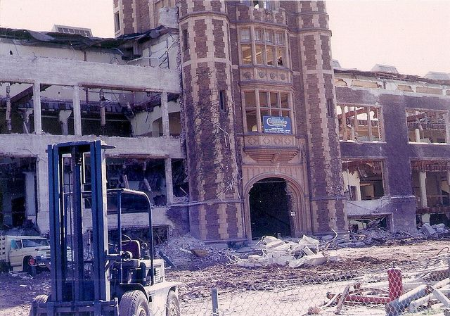 L A High During Demolition After Sylmar Earthquake In 1971 Los Angeles History Sylmar Earthquake