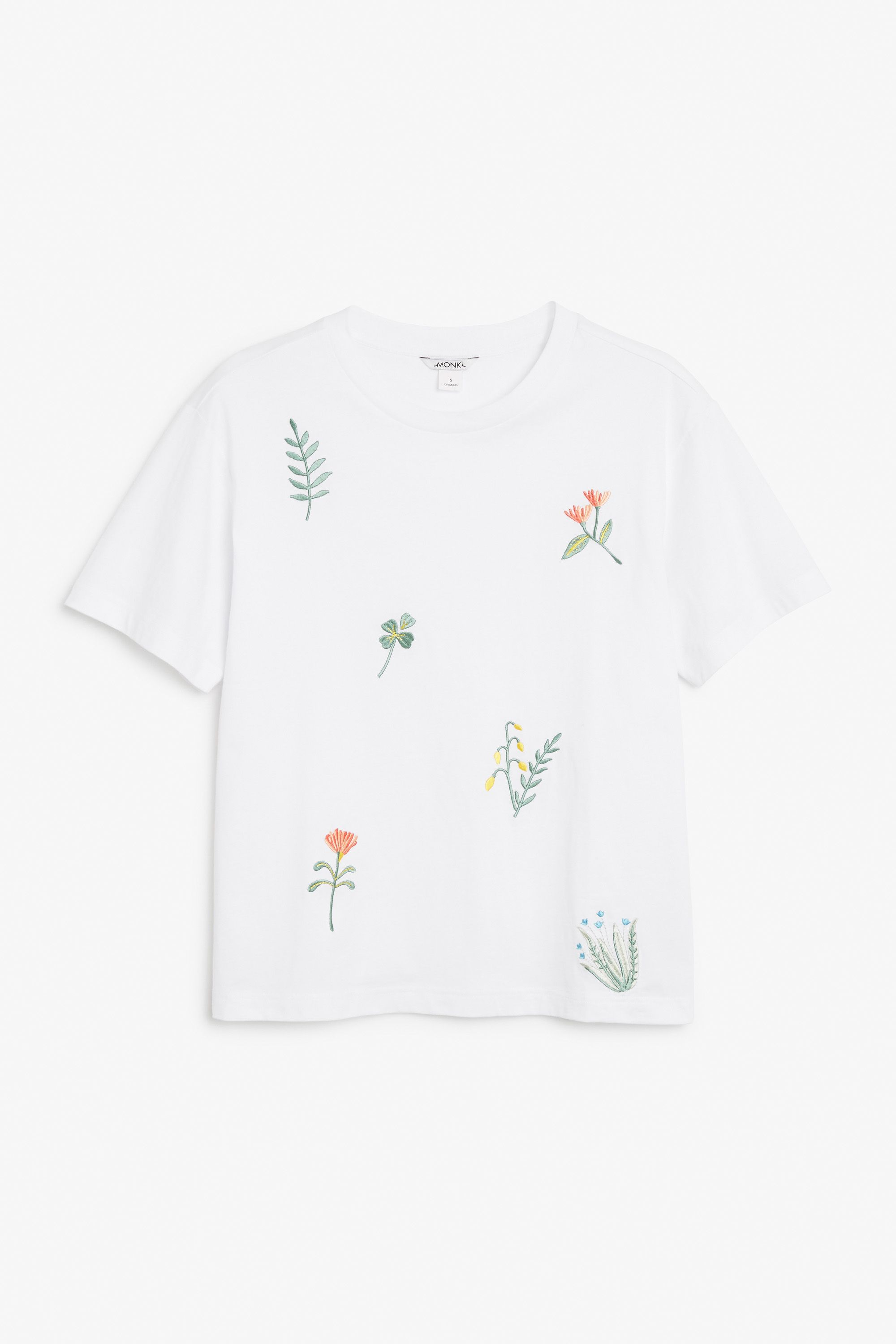 36a02fb1d6 Monki Image 1 of Embroidered tee in White   Crafts   Embroidery ...