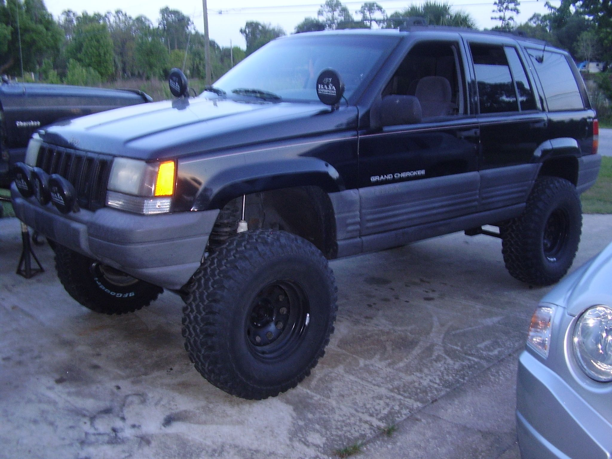 Check Out Jhc76 1998 Jeep Grand Cherokee In Chuluotafl For Ride Laredo Specification Modification Info And Photos Follow Jhc76s
