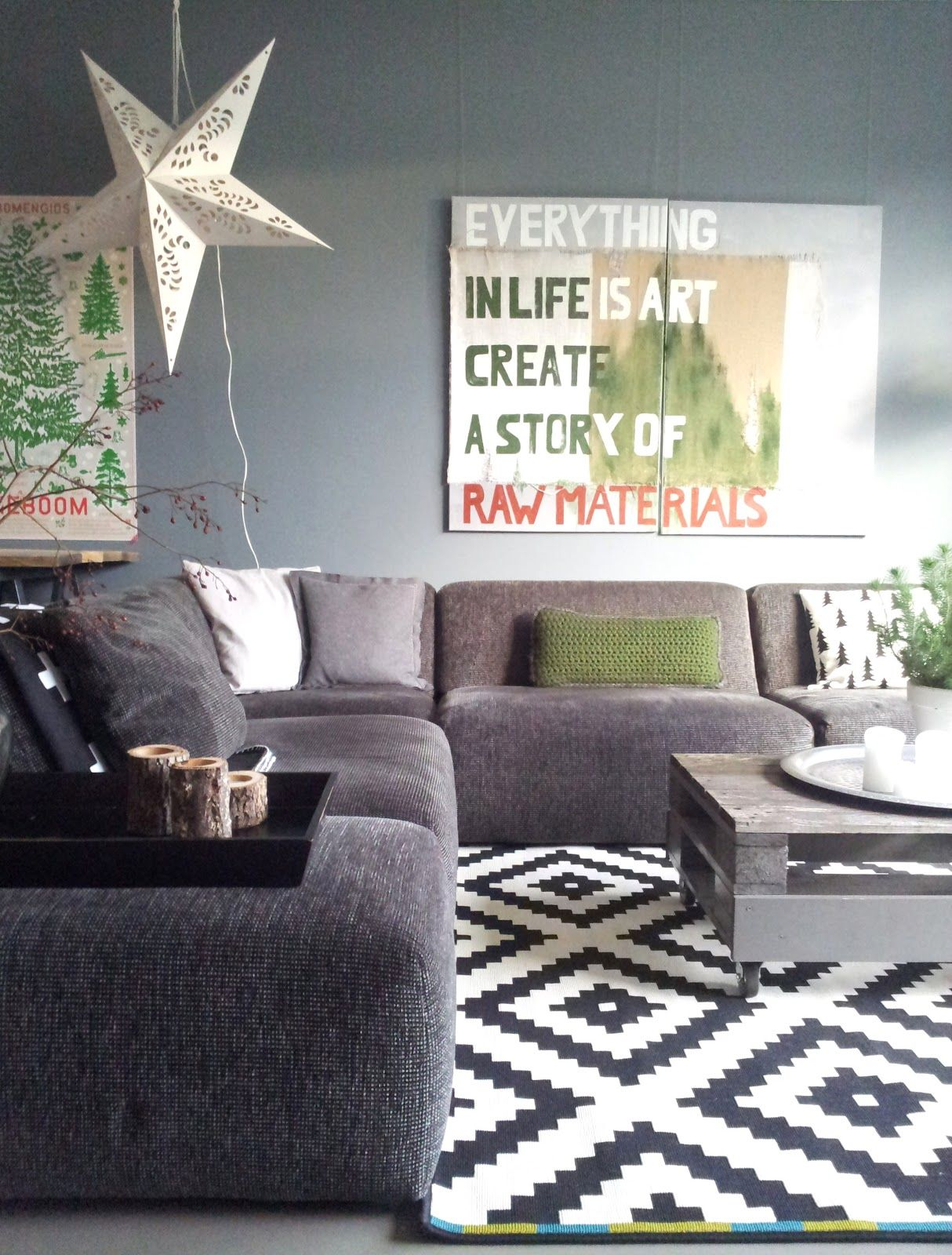Swell Gray Couch And Wall With Black And White Details Would Need Gmtry Best Dining Table And Chair Ideas Images Gmtryco