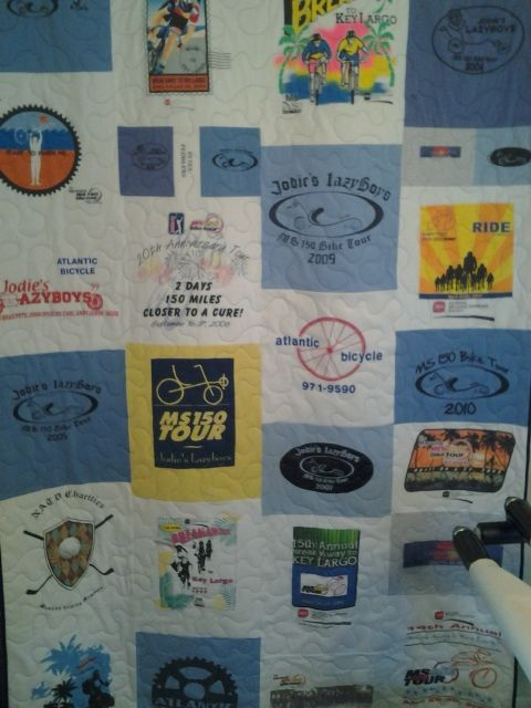 jodie's quilt, Another 3t shirt / memory quilt. finished in time for christmas! via Flickr.