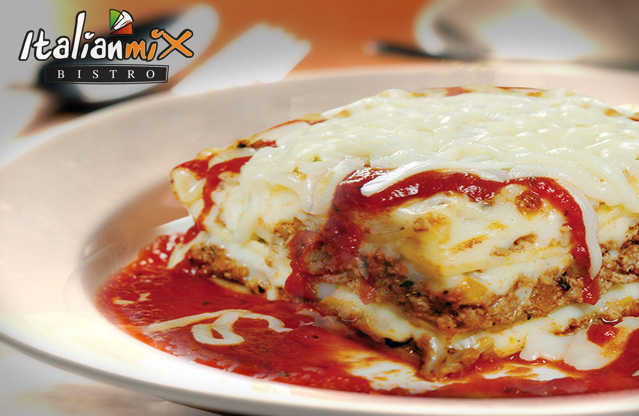 Lasagna de ItalianMix preparada diariamente con ingredientes frescos y de alta calidad.