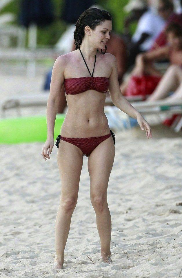 bilson ass Rachel bikini