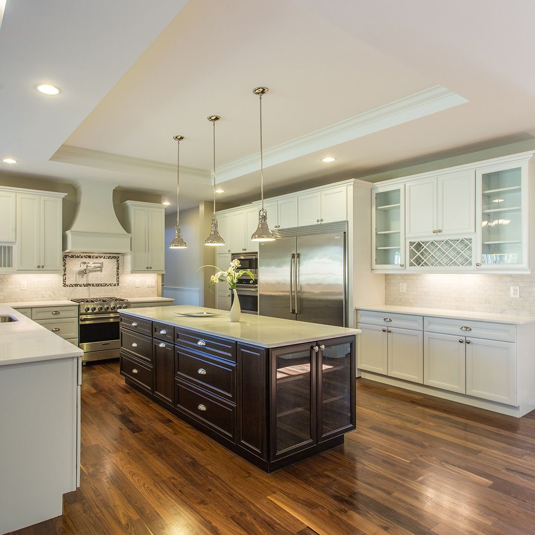 Classic two toned kitchen from Westchester Modular. Learn ...