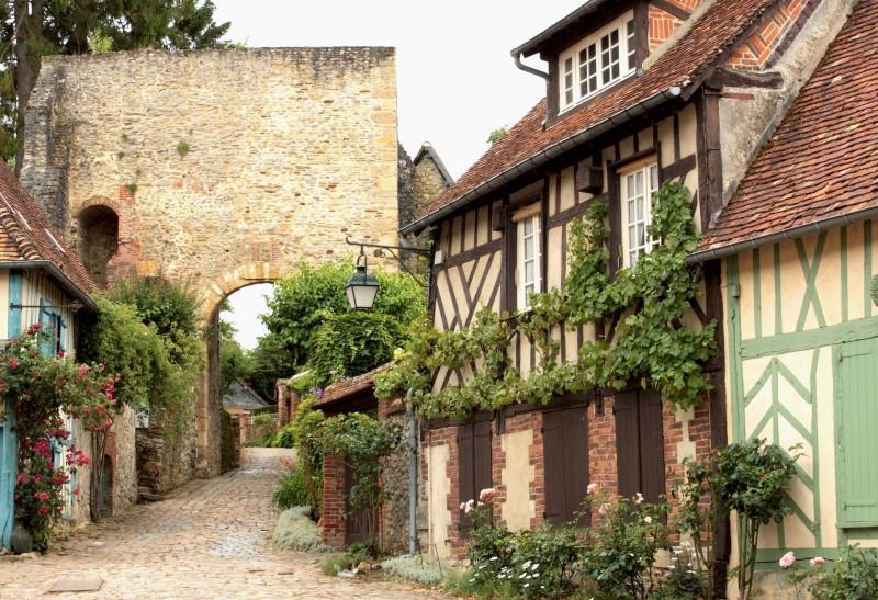 Les Plus Beaux Villages A Decouvrir Au Nord De Paris Paris Zigzag Insolite Secret Beaux Villages Lieux Insolites Village